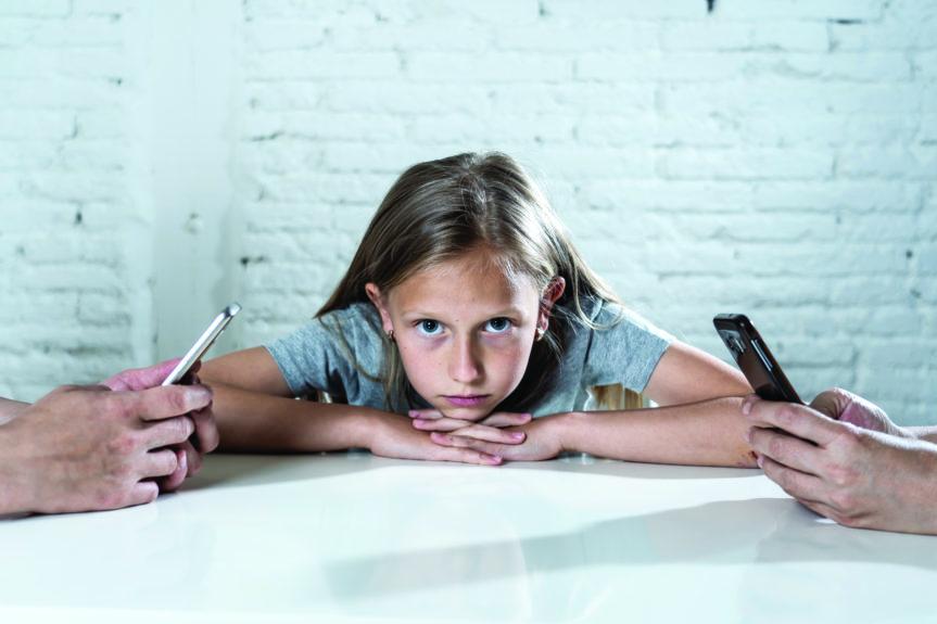 Technoference: Nytt år, bättre vanor när det gäller föräldrars skärmtid